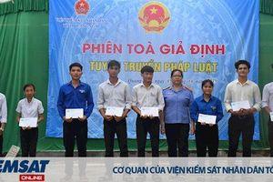 VKSND tỉnh Quảng Ngãi tổ chức phiên tòa giả định; Viện kiểm sát Quân sự khu vực 43 trao tặng căn nhà ấm tình đồng đội