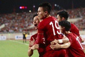 Đánh bại Malaysia, tuyển Việt Nam liên tục đón tin vui