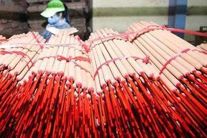 Bộ Công thương đề nghị thông quan 14 container hương nhang tại Ấn Độ