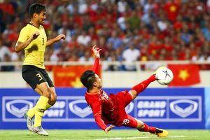 Quang Hải ghi bàn vào lưới Malaysia nhưng đây mới là cầu thủ Việt được nhắc đến nhiều nhất Internet