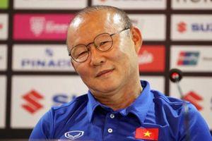 Sau chiến thắng Malaysia, lãnh đạo VFF tuyên bố về hợp đồng với HLV Park