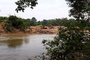 Lạng Sơn: Chủ tịch tỉnh chỉ đạo làm rõ vụ khai thác cát gây sạt lở bờ sông ở Văn Lãng