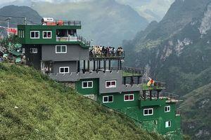 Nhà nghỉ Mã Pì Lèng được sơn xanh sau đề xuất tháo dỡ