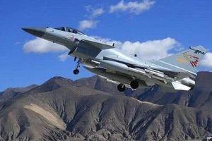Máy bay chiến đấu J-10C của Trung Quốc sẽ sớm được 'xuất ngoại'?
