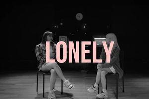 Sau 8 năm, bản hit Lonely (2NE1) đã được 'hồi sinh' trong ngày tái ngộ của Park Bom và Dara