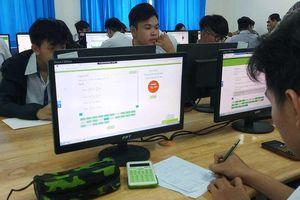 Chạy nước rút cho HS thi THPT quốc gia trên máy tính
