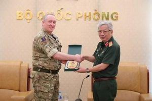 Việt Nam-Anh thúc đẩy quan hệ hợp tác quốc phòng song phương