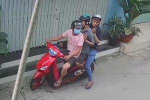 Bắt khẩn cấp nhóm thanh niên cướp túi hồ sơ có giấy báo tử