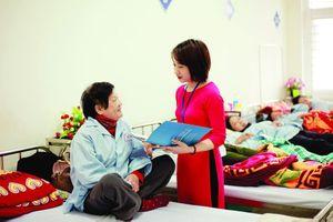 Chuyên nghiệp trong phong cách phục vụ người bệnh