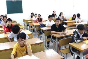 Hơn 20/40 người có con, em được nâng điểm, làm trong ngành giáo dục