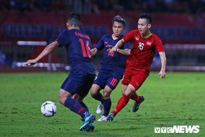 Kiatisak: Cạnh tranh với tuyển Việt Nam, Thái Lan phải thắng UAE