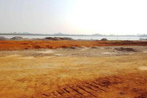 Ninh Bình: Gần 7ha lòng hồ bị san lấp trái phép