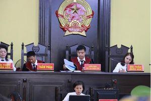 Tòa Sơn La ra lệnh dẫn giải 1 loạt phụ huynh vắng mặt
