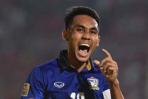 Thái Lan thắng UAE, vươn lên ngôi đầu bảng G