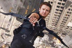 Tài tử 'Avengers' bị tố dí súng vào miệng vợ