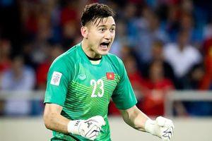 Ảnh chế Văn Lâm nhàn rỗi nhất đội trong trận thắng Indonesia