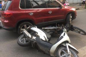 Nữ tài xế lái ôtô gây tai nạn liên hoàn ở TP.HCM