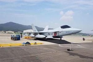 Hàn Quốc trình làng nguyên mẫu hoàn chỉnh của tiêm kích KF-X