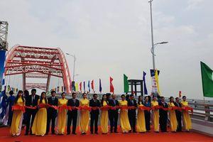 Thủ tướng Chính phủ cắt băng khánh thành cầu Hoàng Văn Thụ tại Hải Phòng