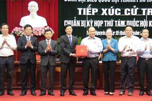 Thủ tướng chính phủ Nguyễn Xuân phúc tiếp xúc cử tri huyện thủy nguyên, thành phố Hải Phòng