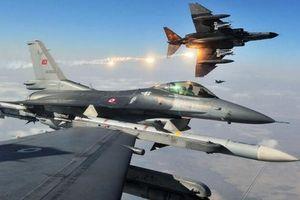 F-16 Thổ Nhĩ Kỳ 'hoảng sợ' bỏ chạy khi bị Su-35 Nga đánh chặn?