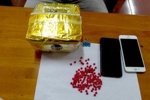 Ba thanh niên bị bắt khi đang vận chuyển hơn 1 kg ma túy