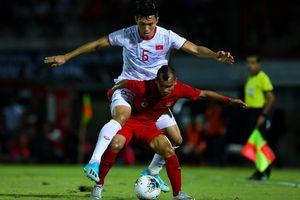 Văn Hậu chăm chỉ chống đẩy để hồi phục sau trận thắng Indonesia
