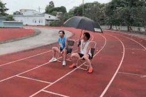 Minh Dự, Quang Trung di chuyển bằng ghế vì sợ mỏi chân