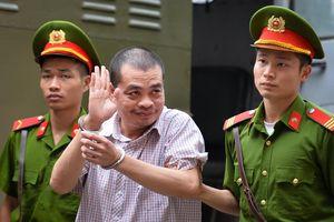 Vì sao công an để Vũ Trọng Lương đưa bài thi ra khỏi nơi bảo mật?