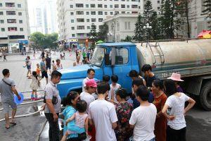 Hà Nội: Nhiều trường học khốn đốn khi bị cắt nước đột ngột