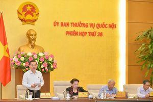 Chủ tịch UBND quận có thể cách chức chủ tịch UBND phường