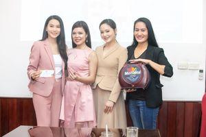 Diễn viên Lan Phương, Minh Cúc 'Về nhà đi con' hẹn nhau ở Mottainai