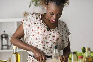 Tự nấu ăn giúp bảo vệ sức khỏe khỏi phơi nhiễm với hóa chất độc hại
