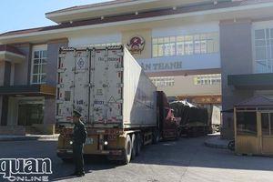 Hàng nông sản lại ùn ứ ở cửa khẩu Tân Thanh