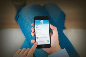 Twitter giải thích việc xóa tweet lạm dụng của các nhà lãnh đạo