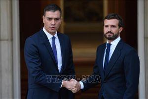 Thủ tướng Tây Ban Nha tổ chức họp khẩn về biểu tình bạo lực tại Catalonia