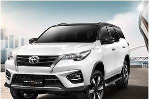 Cân bằng cuộc đua doanh số, Toyota Fortuner và Mazda CX-5 giảm giá mạnh