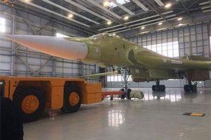 Nga hoàn thành cấu kiện tối quan trọng, oanh tạc cơ Tu-160M2 sẵn sàng cất cánh