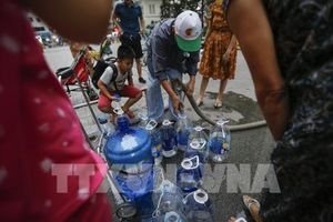 Hà Nội yêu cầu không để người dân thiếu nước sạch