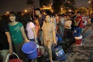 Công ty Sông Đà tạm ngừng cấp nước sau sự cố nhiễm dầu, súc xả thau rửa toàn bộ đường ống