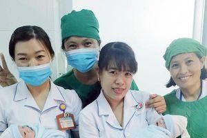 Kịp cứu tính mạng 3 mẹ con sản phụ sinh đôi