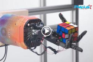 Robot của OpenAI có khả năng xử lý khối rubik một cách khéo léo