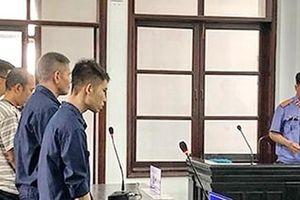 Dẫn dắt gái nước ngoài bán dâm 4 bị cáo lãnh án 16 năm 6 tháng tù