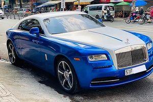 Xe Rolls-Royce Wraith hơn 10 tỷ khoác áo 'màu độc' ở Sài Gòn