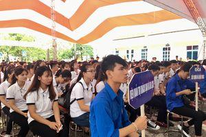 Hơn 1.000 tân sinh viên Trường Cao đẳng Công nghệ và Thương mại Hà Nội vào năm học mới