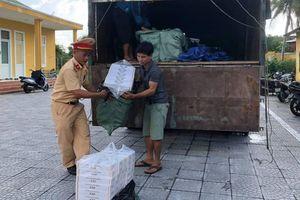 Bắt xe tải vận chuyển hơn 24.000 gói thuốc lậu vào Đà Nẵng
