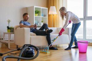Mỹ: 1/3 cặp đôi chấm dứt mối quan hệ vì tranh cãi việc nhà