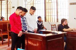 Giết người, 3 bị cáo lãnh 47 năm tù