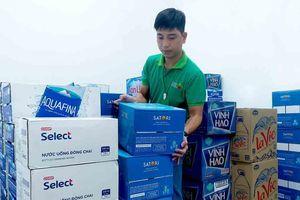 Saigon Co.op huy động gấp hàng, cam kết bán 'giá vốn' nước đóng chai cho người dân Hà Nội