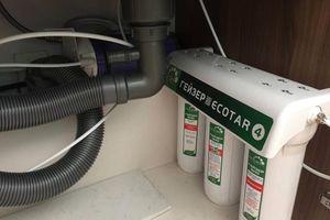 Nước có mùi khét: Nhu cầu máy lọc nước tăng cao, người dân nên cẩn thận